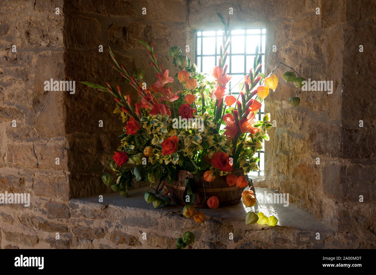 Flower Arrangements For Churches High Resolution Stock Photography And Images Alamy