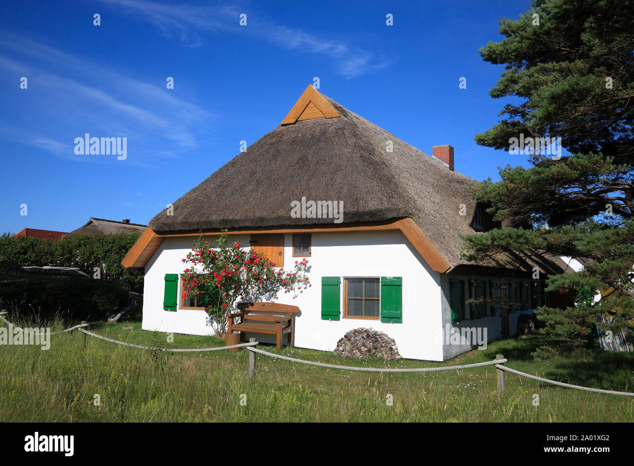Neuendorf, thatched house, Hiddensee island, Baltic Sea, Mecklenburg Western Pomerania, Germany, Europe Stock Photo