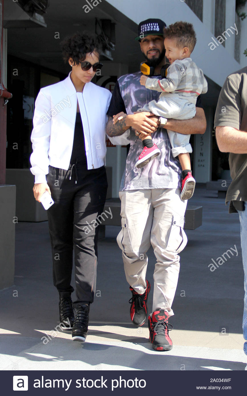 Alicia Smiles west hollywood, ca - singer alicia keys and husband swizz