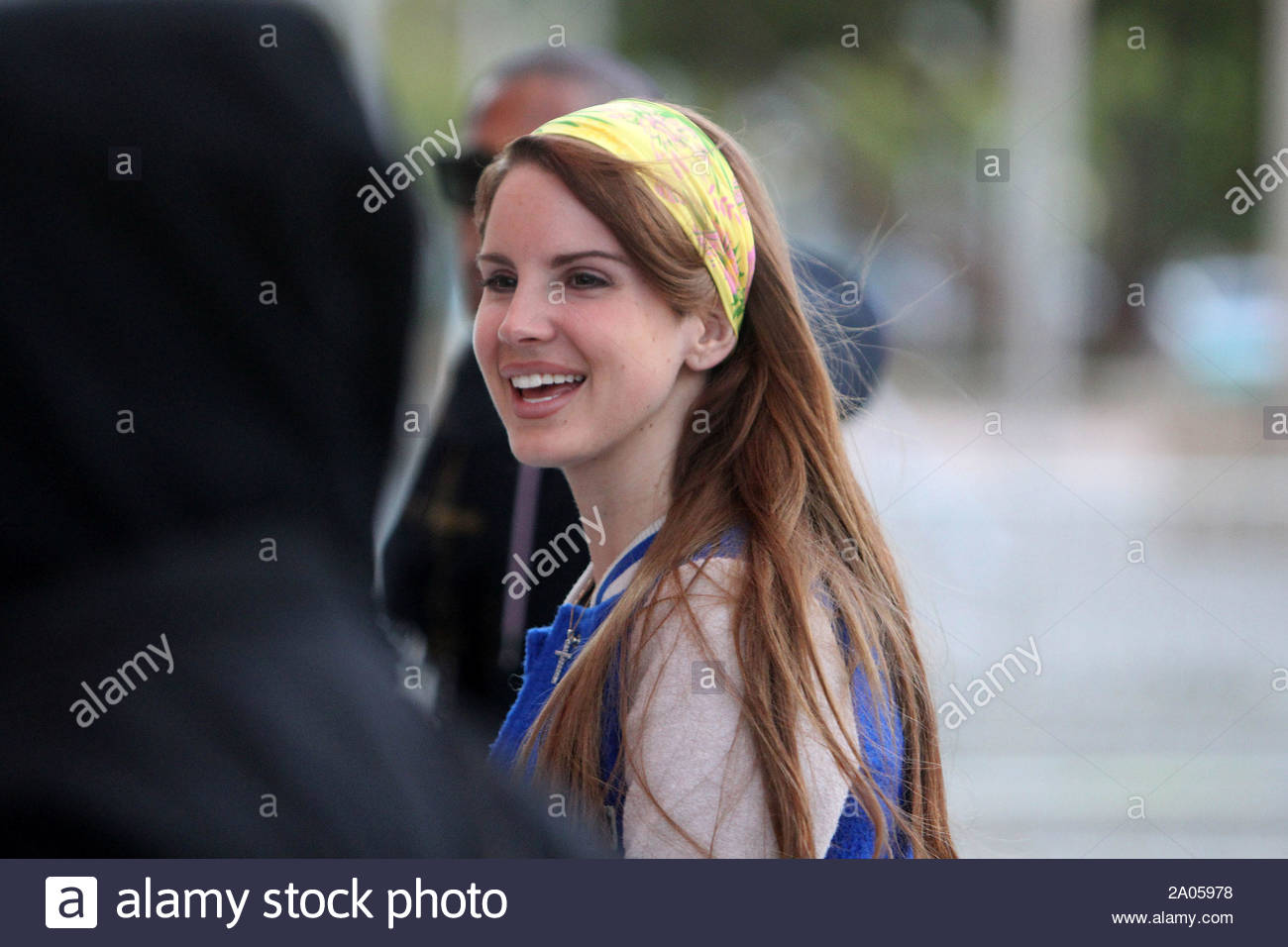 Los Angeles Ca Singer Lana Del Rey Makes Her Way Into The Staples Center This Early