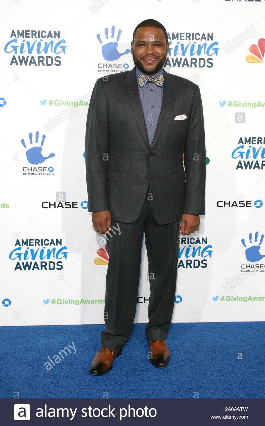 Pasadena, CA - Anthony Anderson arrives at the 2012 American Giving Awards, presented by Chase, held at the Pasadena Civic Auditorium. AKM-GSI December 7, 2012 Stock Photo