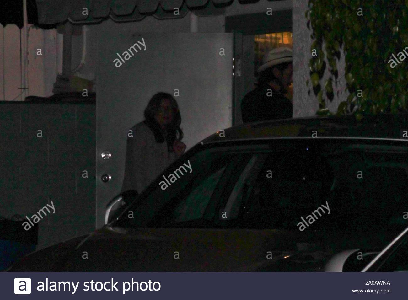 MonicaCA Kutcher on Santa takes Kunis out Ashton Mila f6ybvY7g