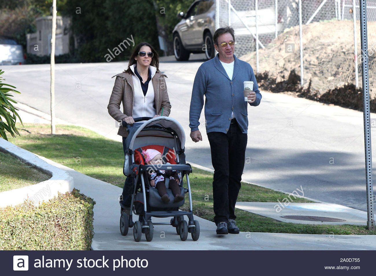 Toluca Lake Ca Funnyman Tim Allen And Wife Jane Hajduk Take Their Adorable 10 Month Old Here are some facts about her https www alamy com toluca lake ca funnyman tim allen and wife jane hajduk take their adorable 10 month old daughter elizabeth for a morning walk around their los angeles home tim and jane welcomed elizabeth last march their first child together second for tim who has a daughter named katherine with first wife laura deibel gsi media january 31 2010 image327288001 html