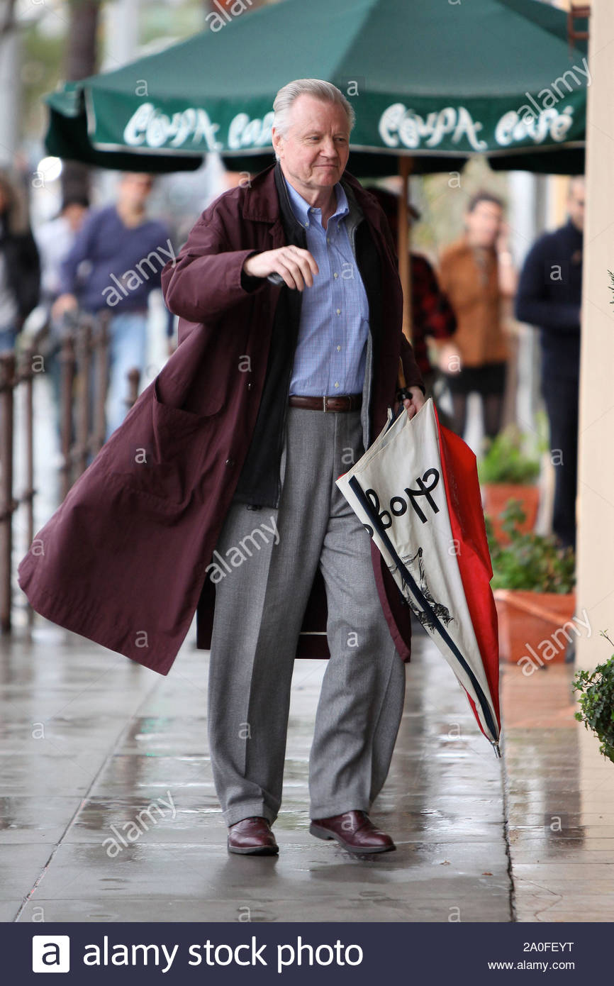 Beverly Hills, CA - Jon Voight seen running a few errands around Beverly Hills with his umbrella in hand, wishing for the rain to go away. The Academy Award winner has had a lengedary Hollywood career, and continues to be a class act, giving us a friendly wave. GSI Media January 22, 2010 Stock Photo
