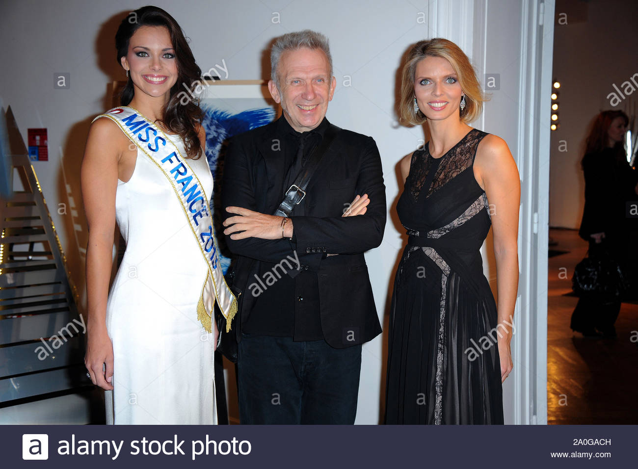 Paris France 2013 Miss France Marine Lorphelin Attends The 17th Christmas Trees Creators The 17th Les