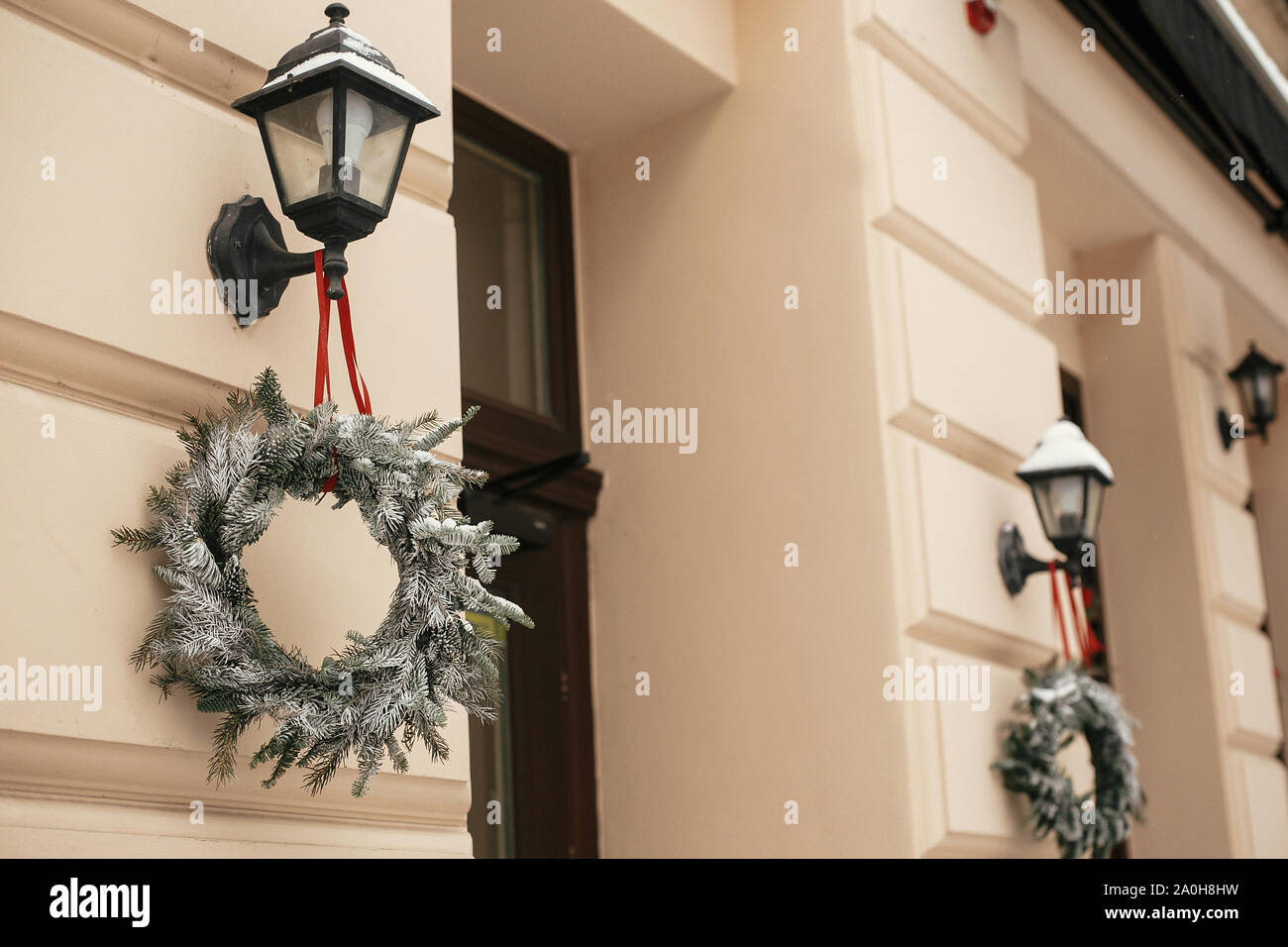 Christmas Street Decor Stylish Christmas Rustic Wreaths On