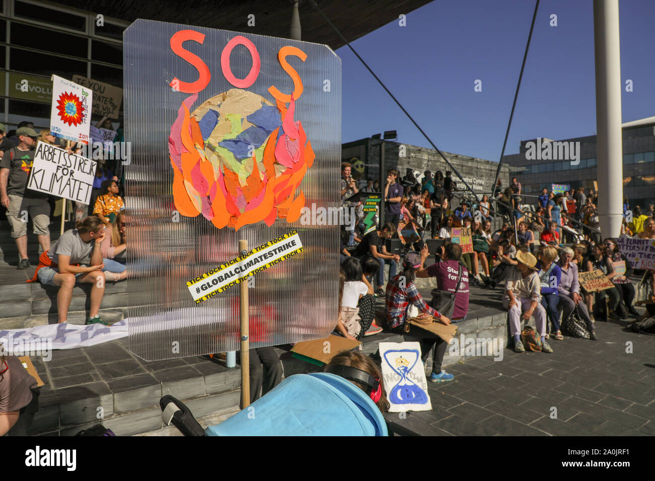 Welsh Senedd, Cardiff, Wales, UK.20th September 2019. Protesters take part in the Global Climate Strike in front of the Welsh Senedd in Cardiff Bay, Wales. Credit: Haydn Denman/Alamy Live News. Stock Photo