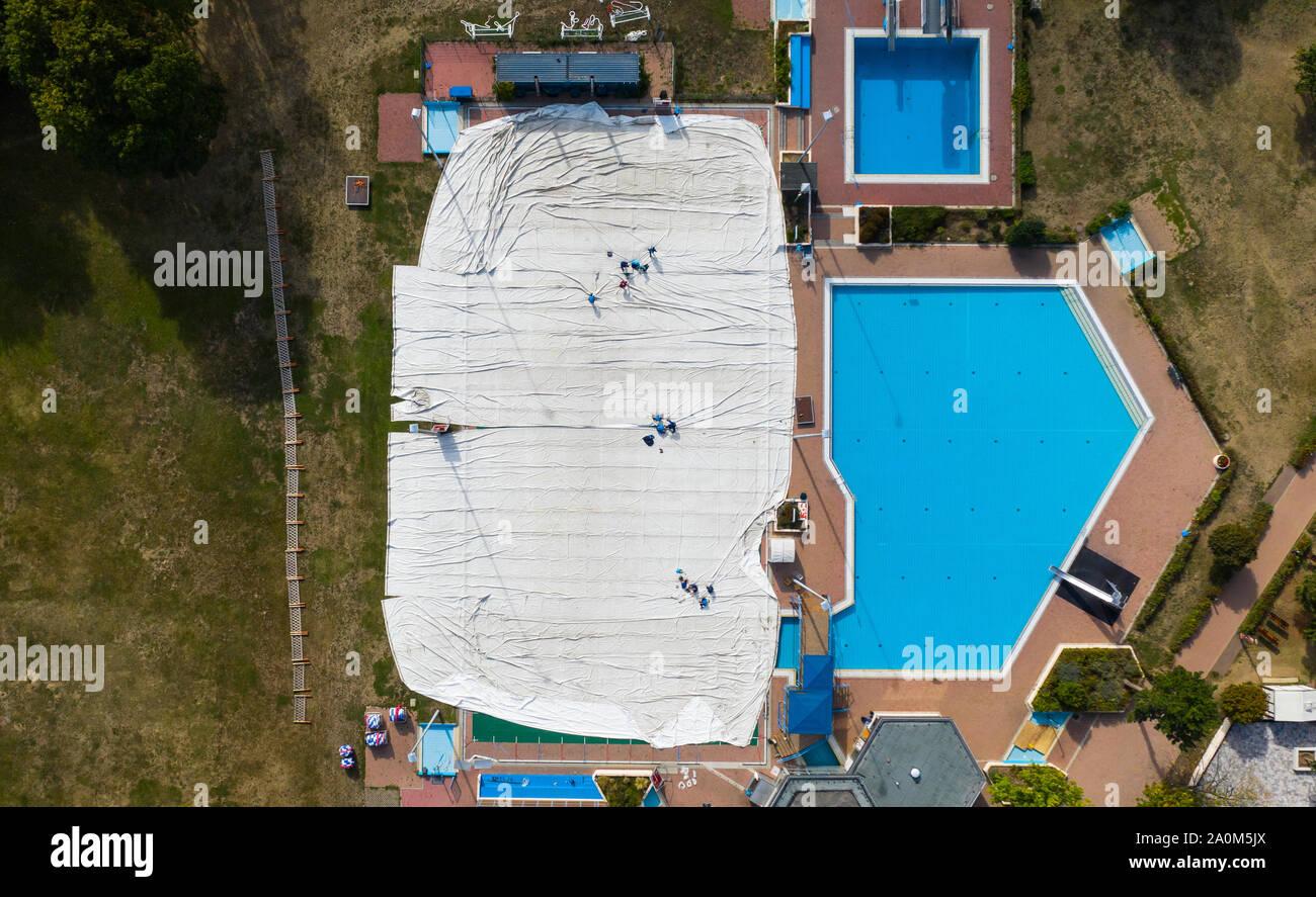 Indoor And Or Outdoor Swimming Pool Stock Photos & Indoor ...