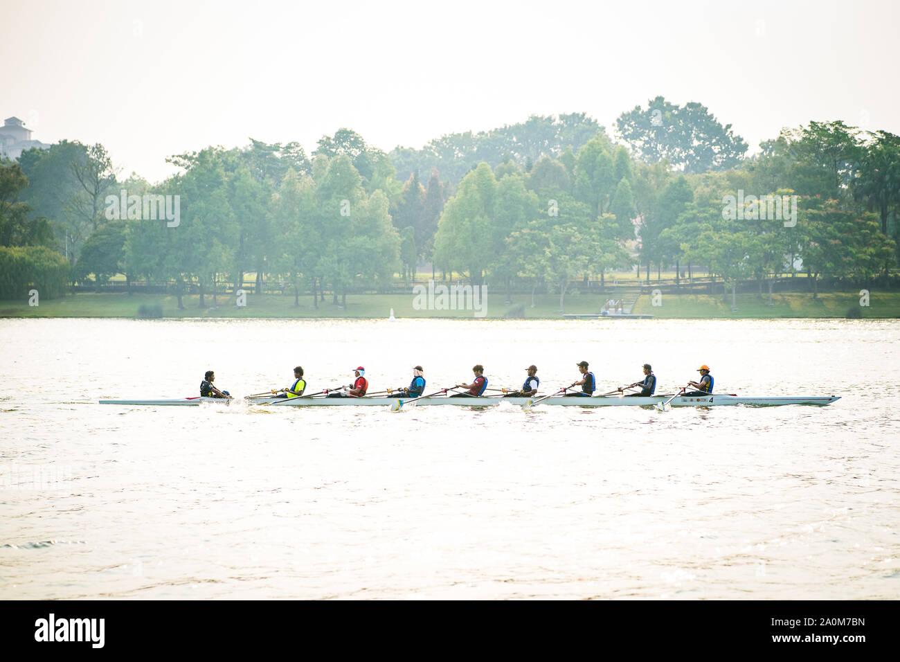 Putrajaya, Malaysia - September 6, 2019: Dragon boat racer practice at the lake near Taman Botani. Stock Photo
