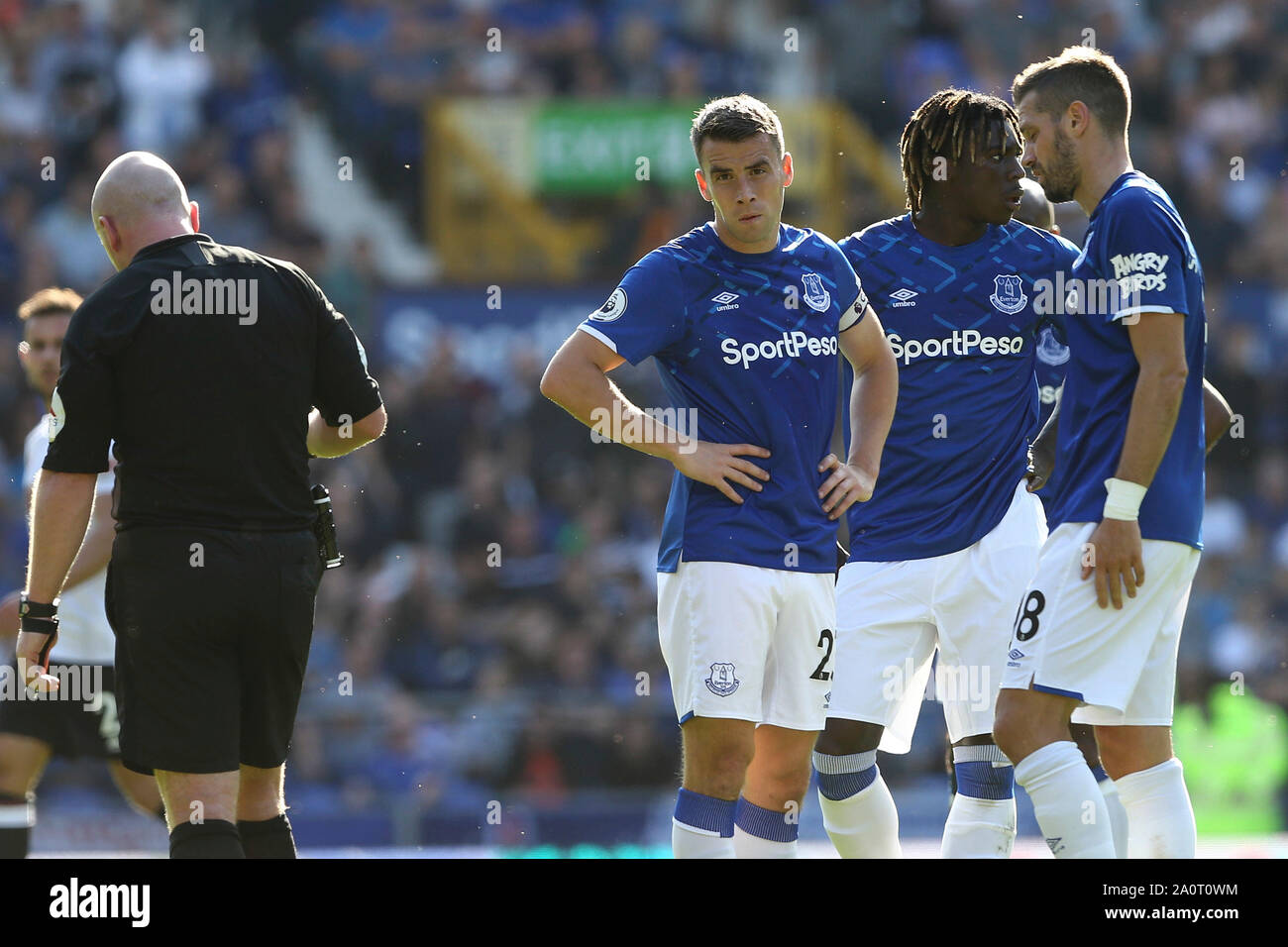 Liverpool Uk 21st Sep 2019 Everton Players Await A Var Decision From Referee Simon Hooper Premier