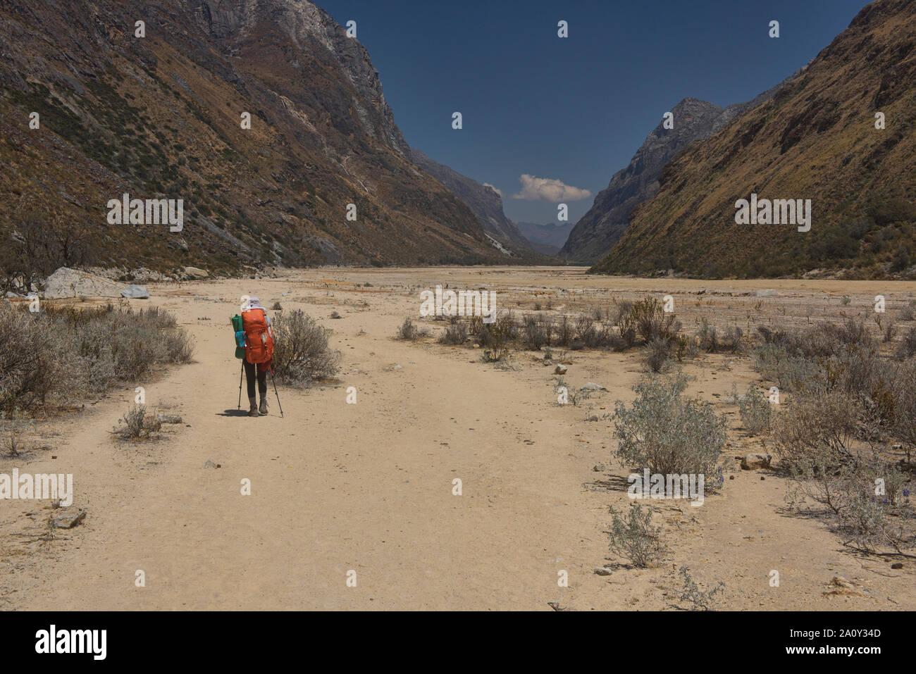Desertscape along the Santa Cruz trek, Cordillera Blanca, Ancash, Peru Stock Photo