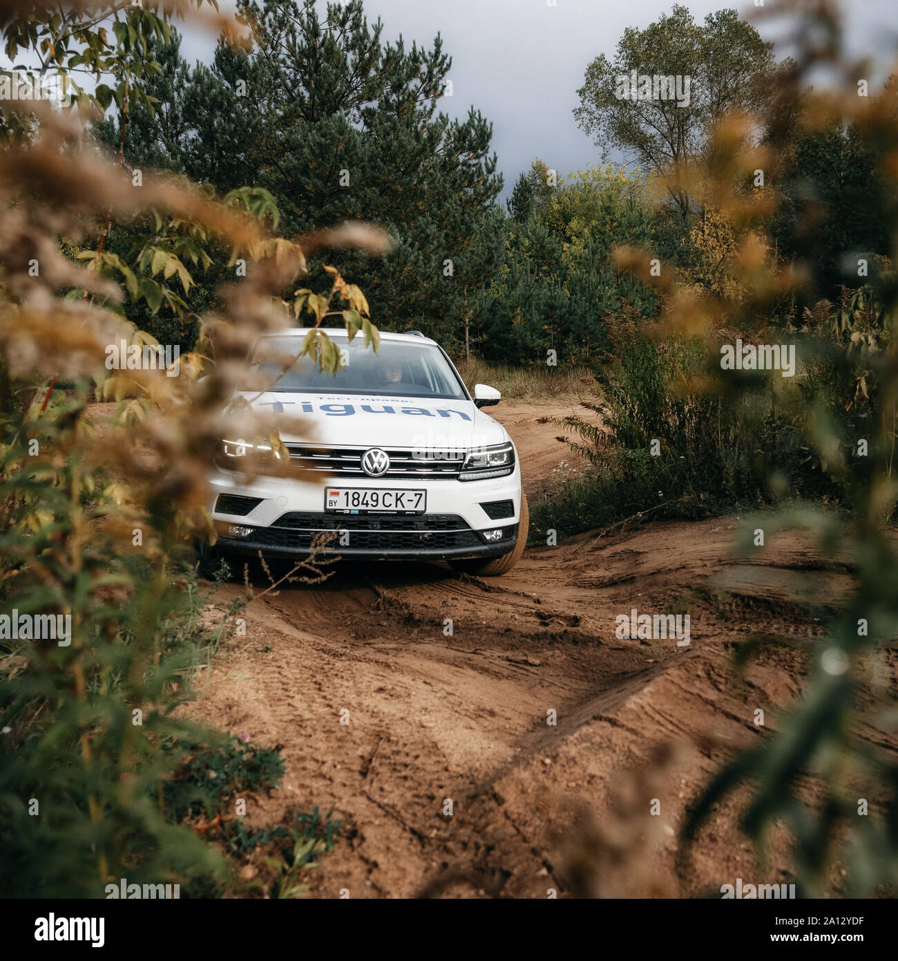 Cross Country 4x4 >> Minsk Belarus September 20 2019 Volkswagen Tiguan 4x4