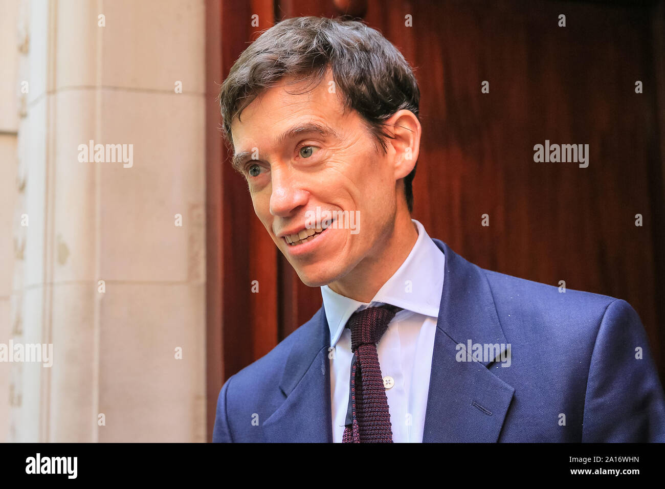 Westminster, London, UK, 24th Sep 2019. Rory Stewart, former Conservative Leadership Candidate and former Cabinet Minister, who had the whip withdrawn by Boris Johnson.  Politicians and commentators from all parties are in high demand around Millbank Studios, College Green and the court building to comment on today's judgement. Credit: Imageplotter/Alamy Live News Stock Photo