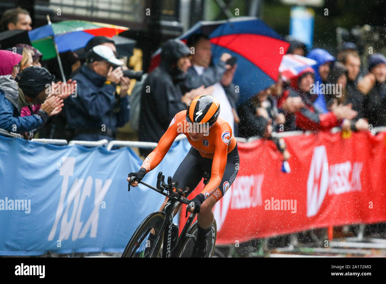 Harrogate, UK. 24th September 2019. Anna Ven der Breggen of the Netherlands crosses the line to take Silver in the 2019 UCI Road World Championships Womens Elite Individual Time Trial. September 24, 2019 Credit Dan-Cooke/Alamy Live News Stock Photo