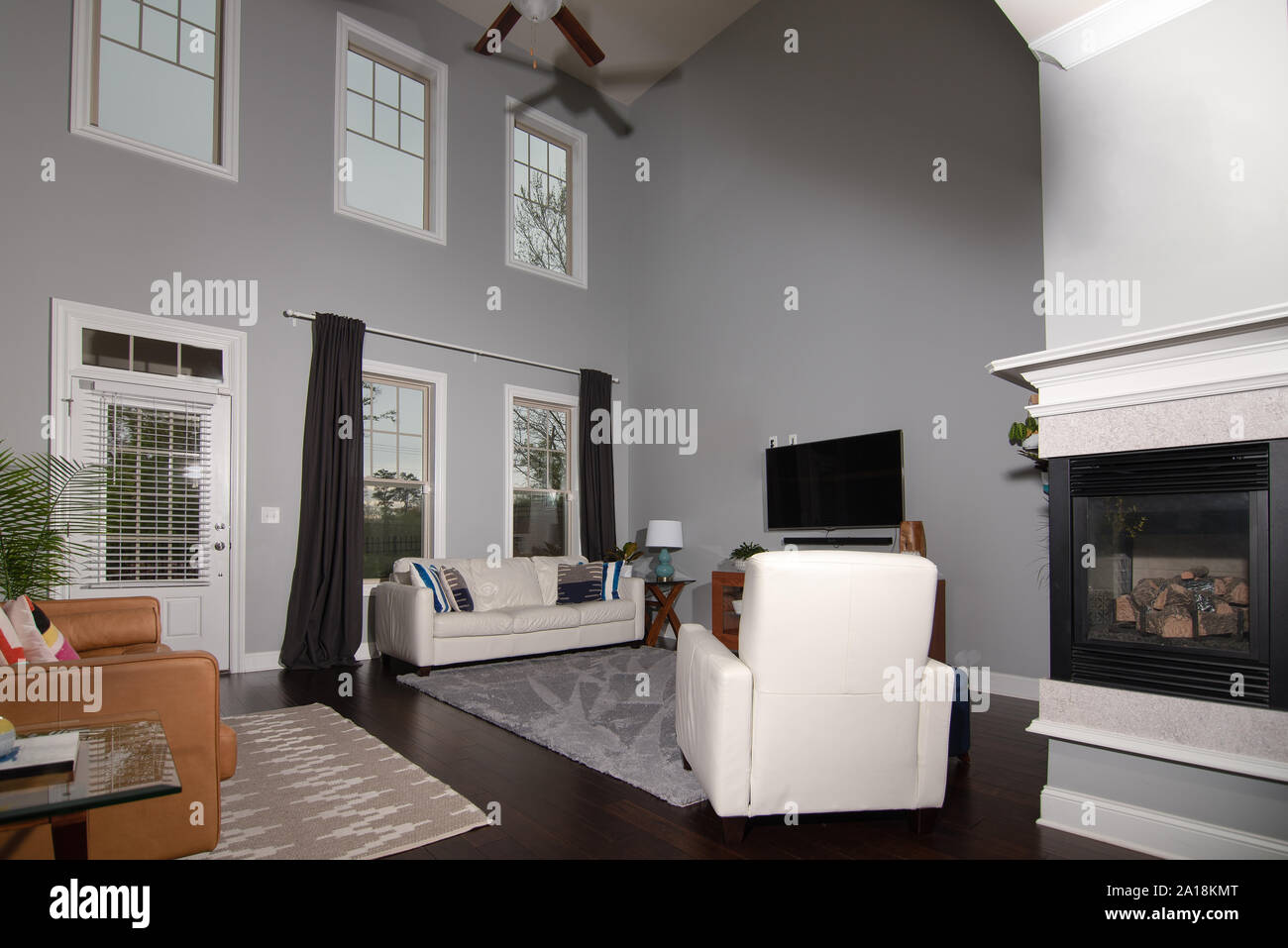 Middle Class Living Room High Resolution Stock Photography And Images Alamy