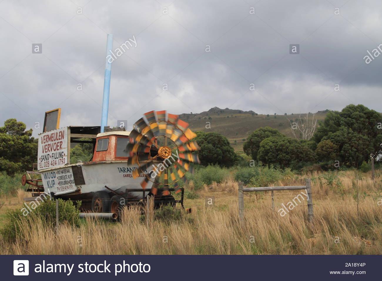 Bootswindrad in Südafrikanischem Busch Stock Photo