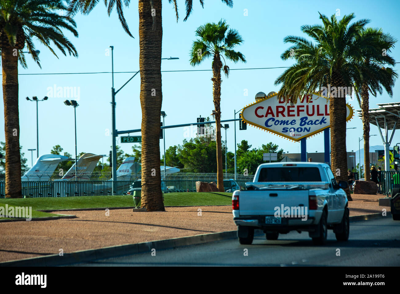 Welcome to Las Vegas - Das erste Willkommensschild der Stadt. Das bekannteste Wahrzeichen und Sehenswürdigkeit Spielerstadt Las Vegas in Nevada / USA Stock Photo