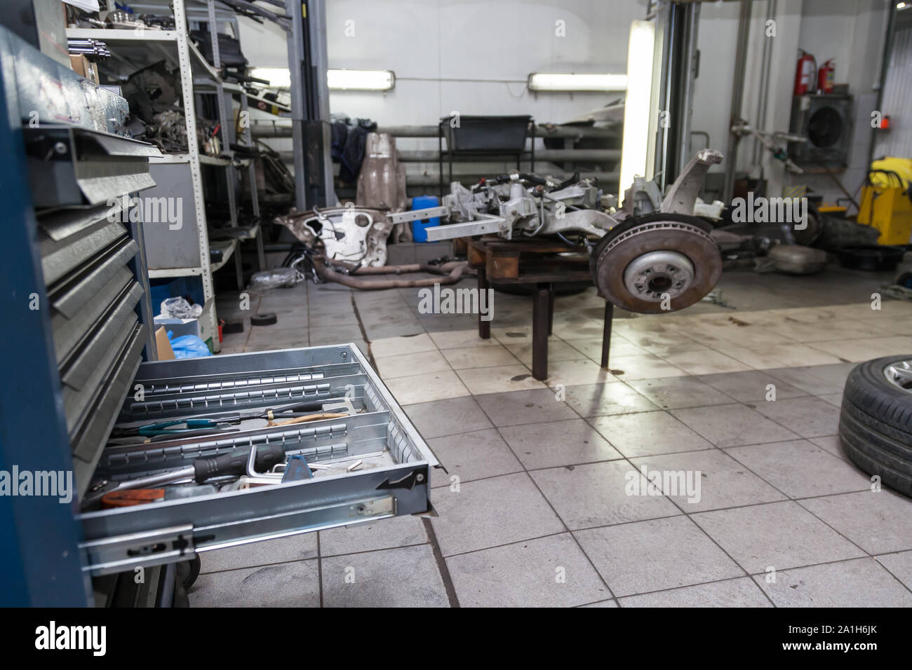 Open Drawer Rack With Tools For Repair And Maintenance Of Vehicles In A Car Repair Workshop Auto Service Industry Stock Photo Alamy