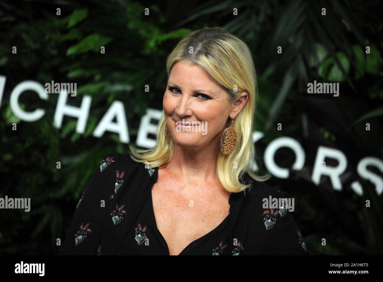 Manhattan, United States Of America. 17th Oct, 2017. NEW YORK, NY - OCTOBER 16: Sandra Lee attends the 11th Annual God's Love We Deliver Golden Heart Awards at Spring Studios on October 16, 2017 in New York City. People: Sandra Lee Credit: Storms Media Group/Alamy Live News Stock Photo