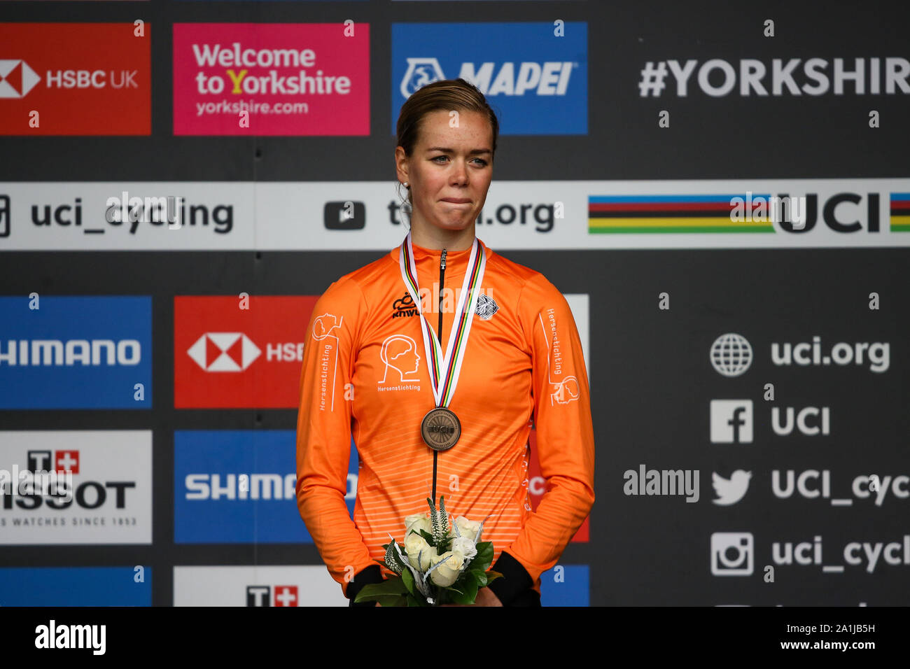 Harrogate, UK. 27th September 2019. Lieke Nooijen of the Netherlands takes Bronze in the 2019 UCI Road World Championships Womens Junior Road Race. September 27, 2019 Credit Dan-Cooke/Alamy Live News Stock Photo