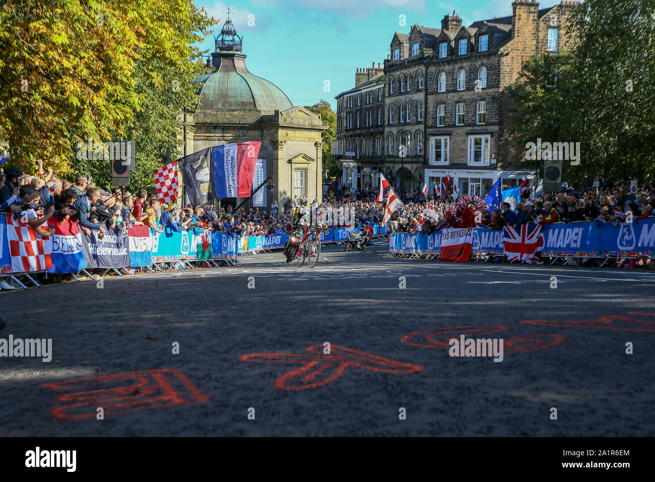 Harrogate, UK. 28th Sep, 2019. Chloe Dygert of the USA tackles one of the many hills on the Harrogate circuit in the 2019 UCI Road World Championships Womens Elite Road Race. September 28, 2019 Credit Dan-Cooke/Alamy Live News Stock Photo