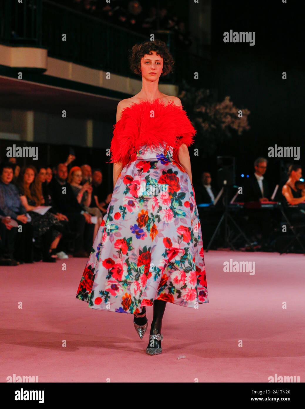 Fashion Catwalk Presentation At London Fashion Week Spring Summer 2019 2020 Presented By Richard Quinn Models At British Fashion Council Show Space Stock Photo Alamy