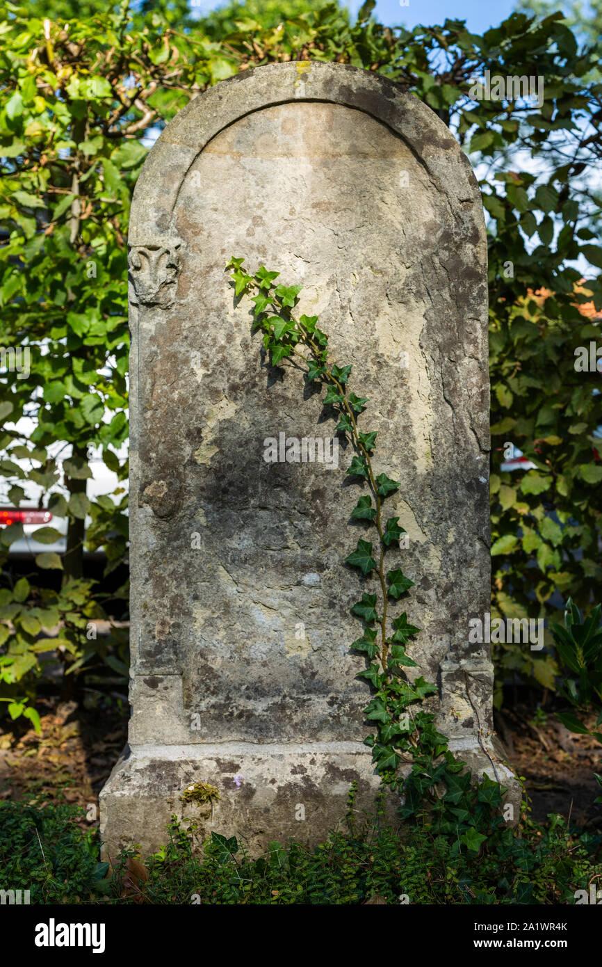 D-Luedinghausen, Stever, Muensterland, Westphalia, North Rhine-Westphalia, NRW, Old Jewish cemetery, grave, tombstone Stock Photo