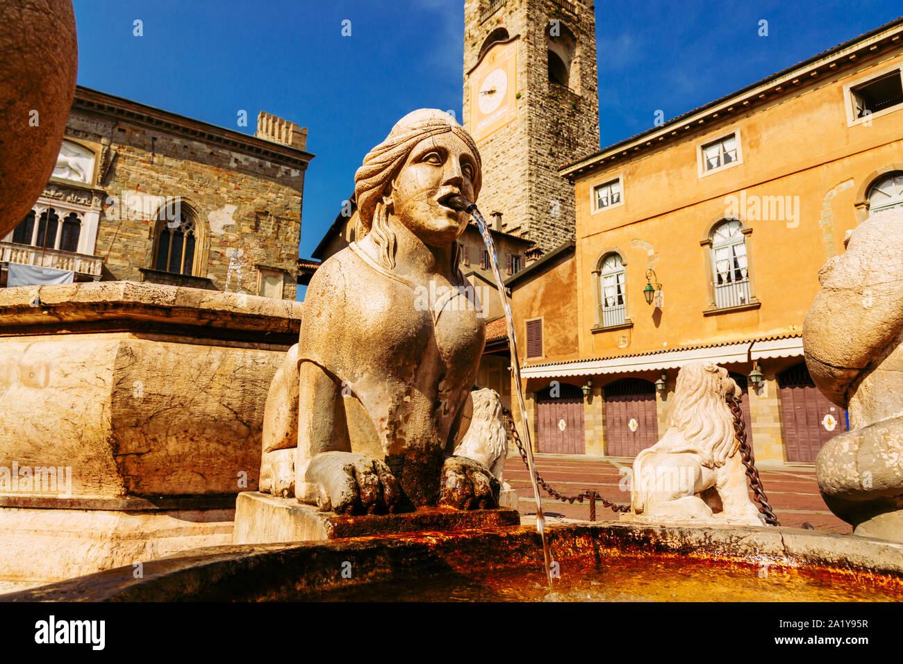 Contarini fountain on Piazza Vecchia, Citta Alta, Bergamo city, Italy Stock Photo