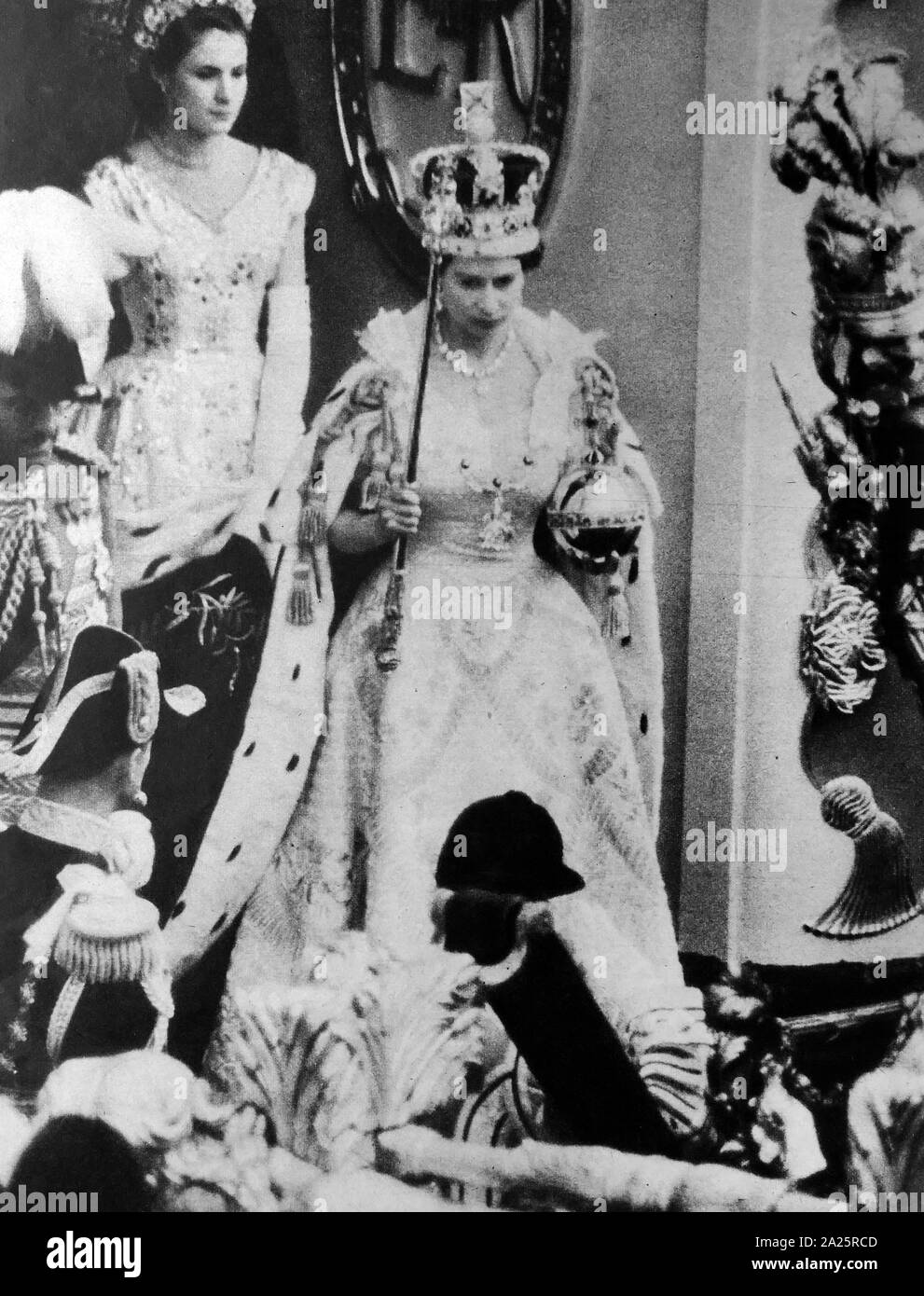 coronation of queen elizabeth ii 1953 stock photo alamy https www alamy com coronation of queen elizabeth ii 1953 image328354445 html