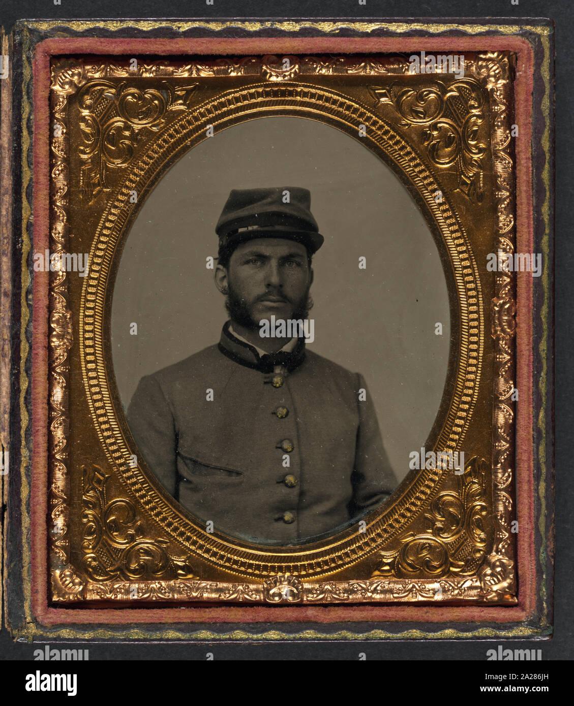 Private R. Cecil Johnson of 8th Georgia Infantry Regiment and South Carolina Hampton Legion Cavalry Battalion in uniform Stock Photo