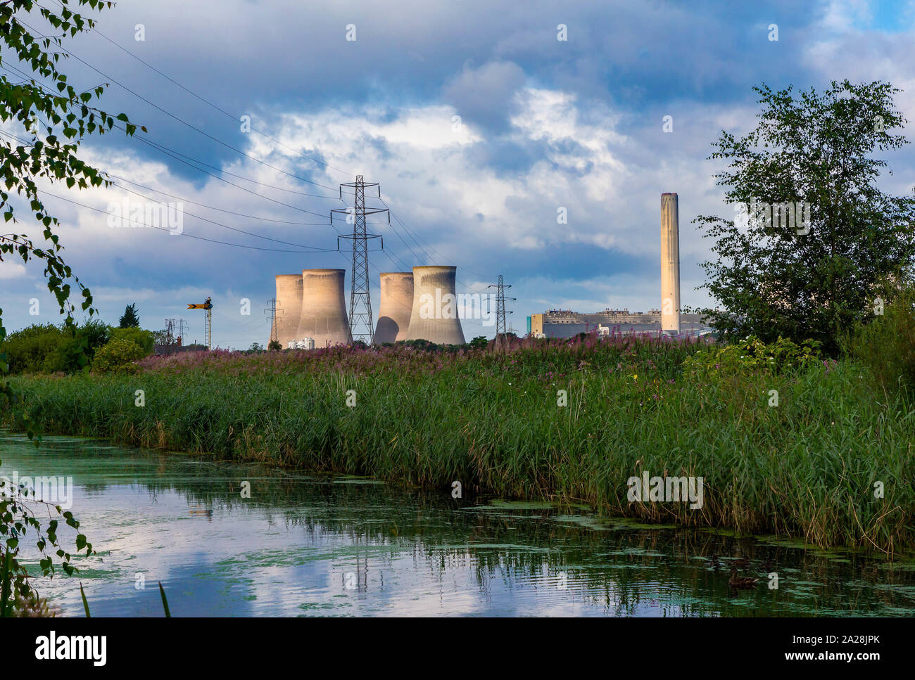 Fiddlers Ferry Power Station seen from the Trans Pennine Trail, St Helen's Canal, Gatewarth, Warrington Stock Photo