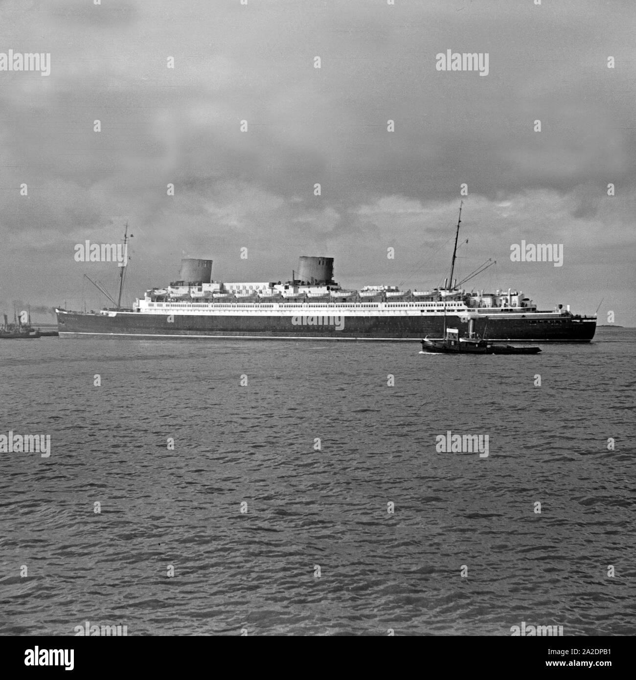 passenger ship vulcania 1930 - HD1300×1390