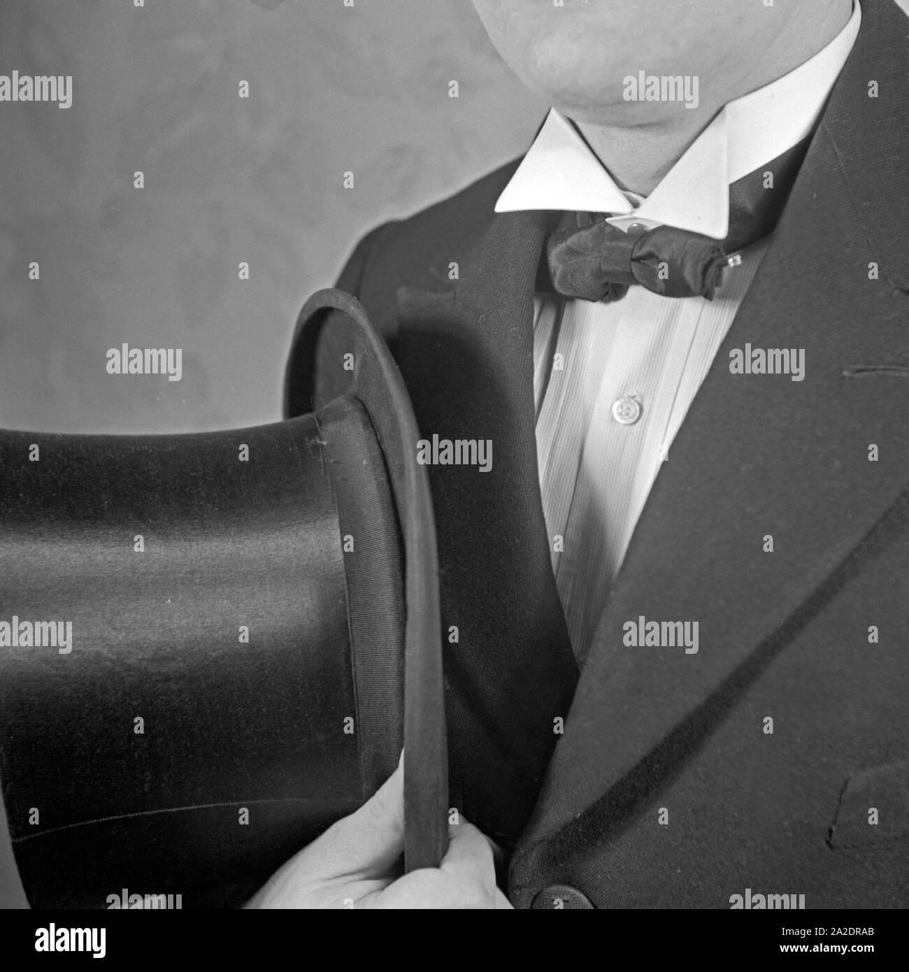 Krawattenmode, Deutschland 1930er Jahre. Tie fashion, Germany 1930s. Stock Photo