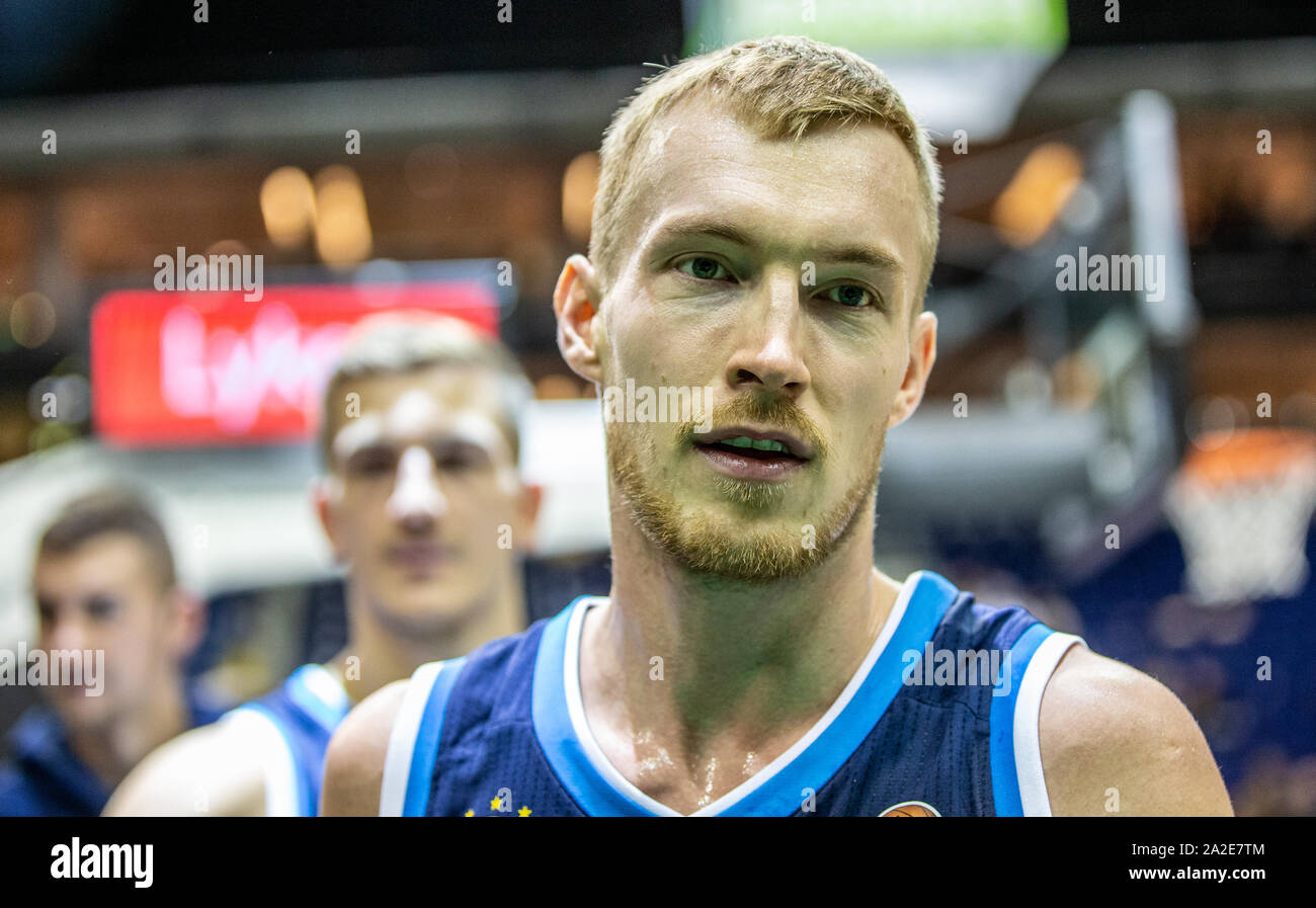 02 October 2019 Berlin Basketball Bundesliga Alba Berlin Rasta Vechta Main Round 5th Matchday Mercedes Benz Arena Alba S Niels Giffey Stands Relieved On The Court Photo Andreas Gora Dpa Stock Photo Alamy