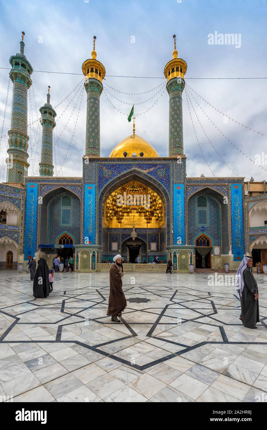 Hazrat-e Masumeh, Shrine of Fatima al-masumeh sister of eight Imam Reza and daughter of the seventh Imam Musa al-Kadhim, Qom, Iran Stock Photo