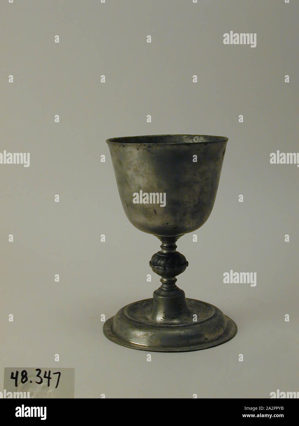 ENGLISH MEDIEVAL GOTHIC TANKARD GOBLET CHALICE GLASS DRINKING VESSEL W// SHIELDS