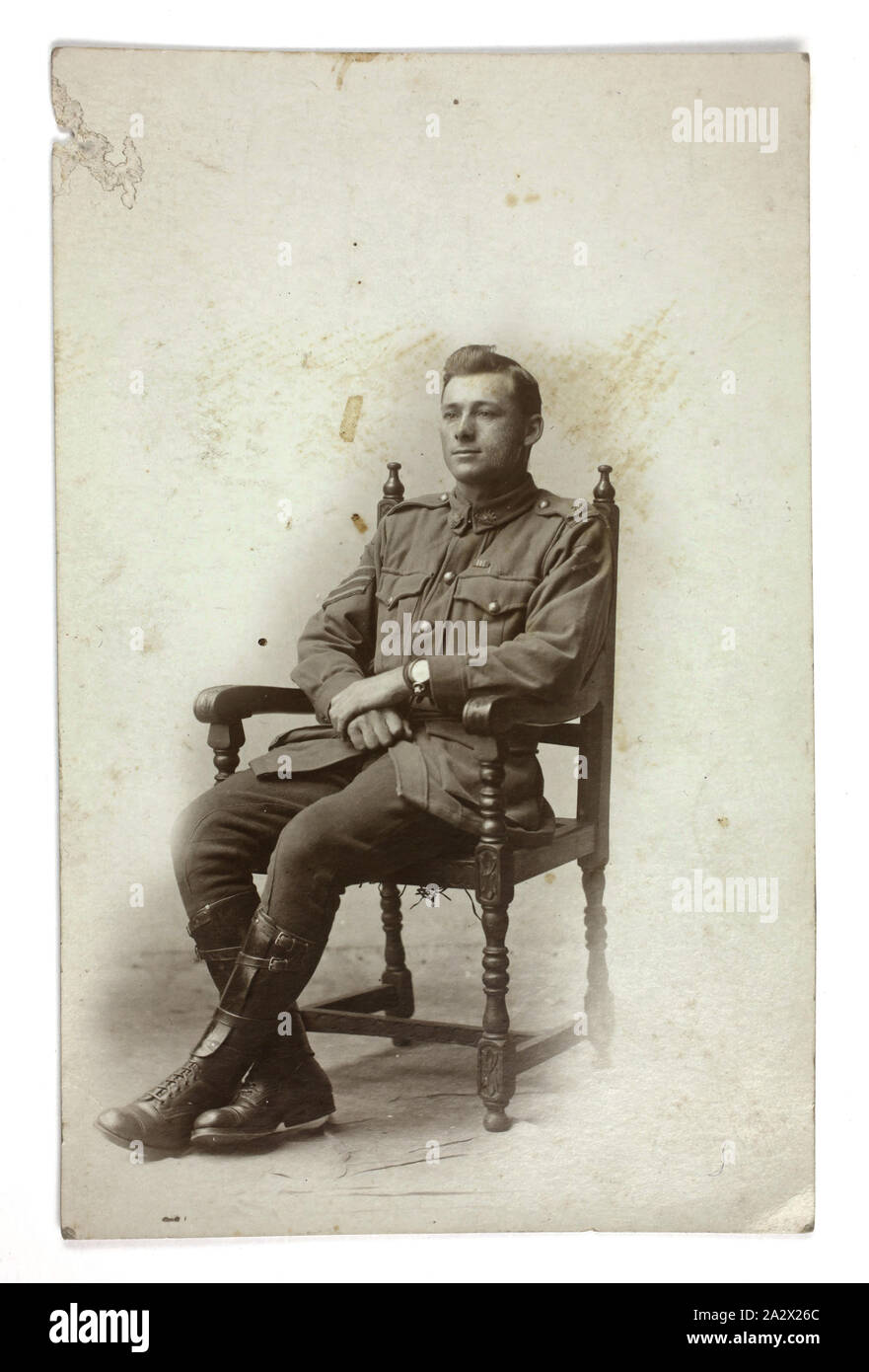 Photograph - Australian Serviceman Sergeant Lydster, AIF, World War I, 1917, Portrait of Tom Robinson Lydster, 4th Machine Gun Battalion, AIF, service no. 3060, taken in 1917, during his service in World War I. Lydster was assigned to the 14 Infantry Battalion - 5 to 12 Reinforcements, service number 3060. He served in the 4th Machine Gun Company. He was awarded the Military Medal and the Bar to Military Medal Stock Photo