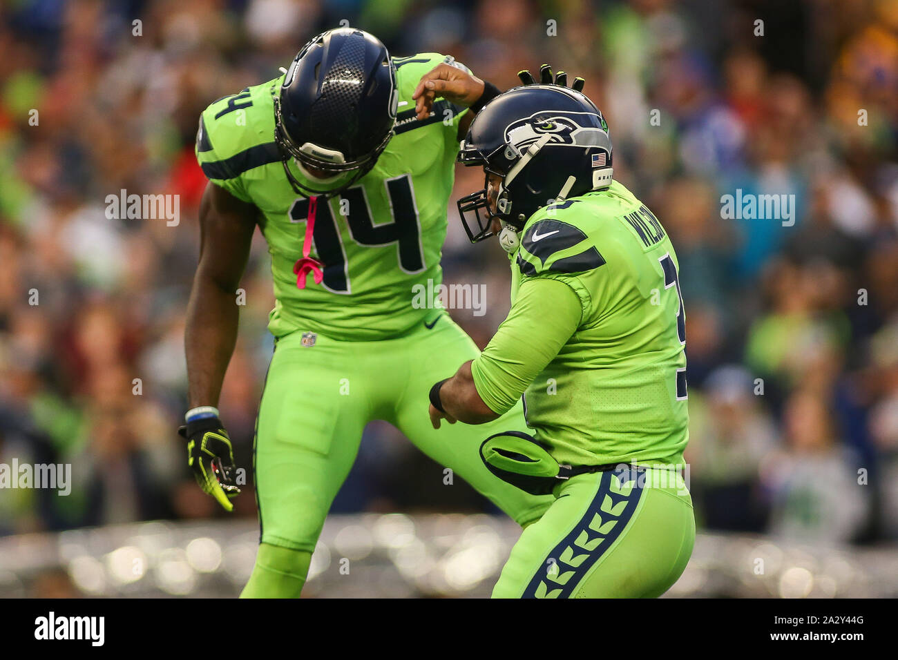 Seattle Wa Usa 3rd Oct 2019 Seattle Seahawks Wide Receiver Dk Metcalf 14 And Seattle Seahawks