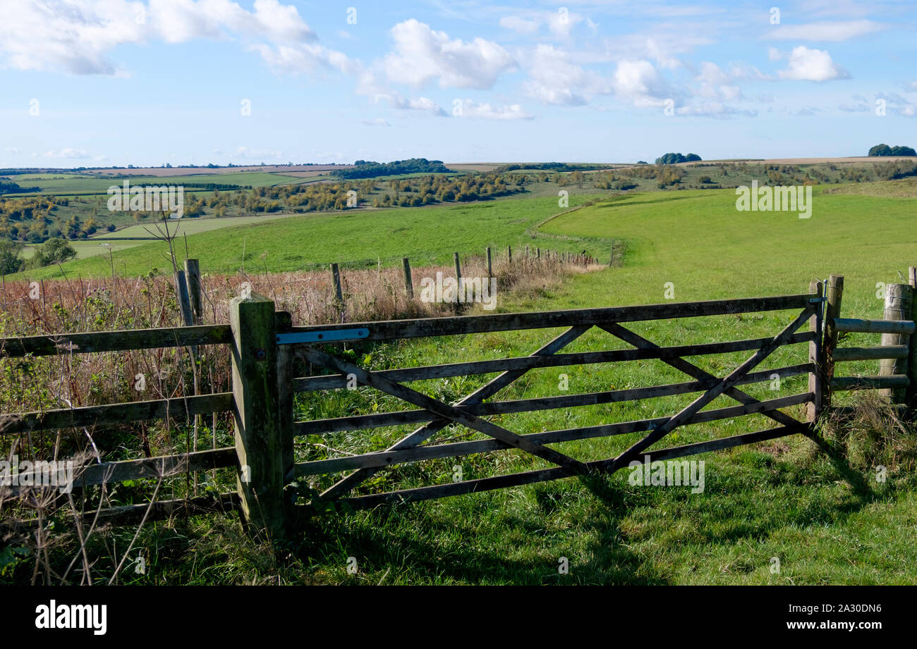 Wiltshire countryside, looking west across the fields near Barbary Castle Near Wroughton, UK Stock Photo