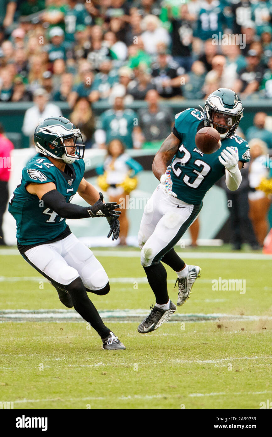 philadelphia pennsylvania usa 6th oct 2019 philadelphia eagles free safety rodney mcleod 23 intercepts the ball with philadelphia eagles strong safety andrew sendejo 42 looking on during the nfl game between the new york jets and the philadelphia eagles at lincoln financial field in philadelphia pennsylvania christopher szagolacsmalamy live news 2A