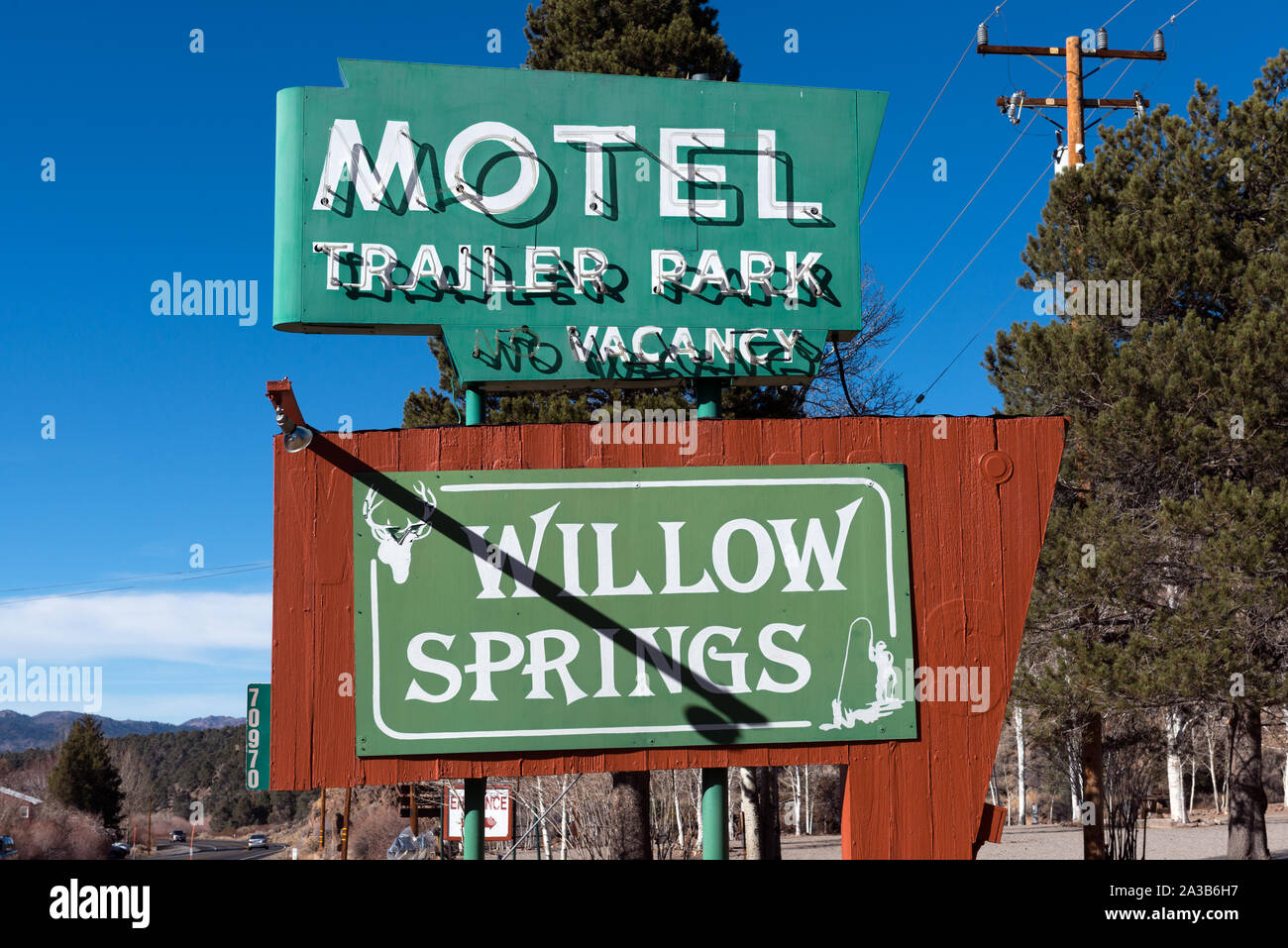 Sign for Willow Springs Motel and Trailer park in Bridgeport, California Stock Photo