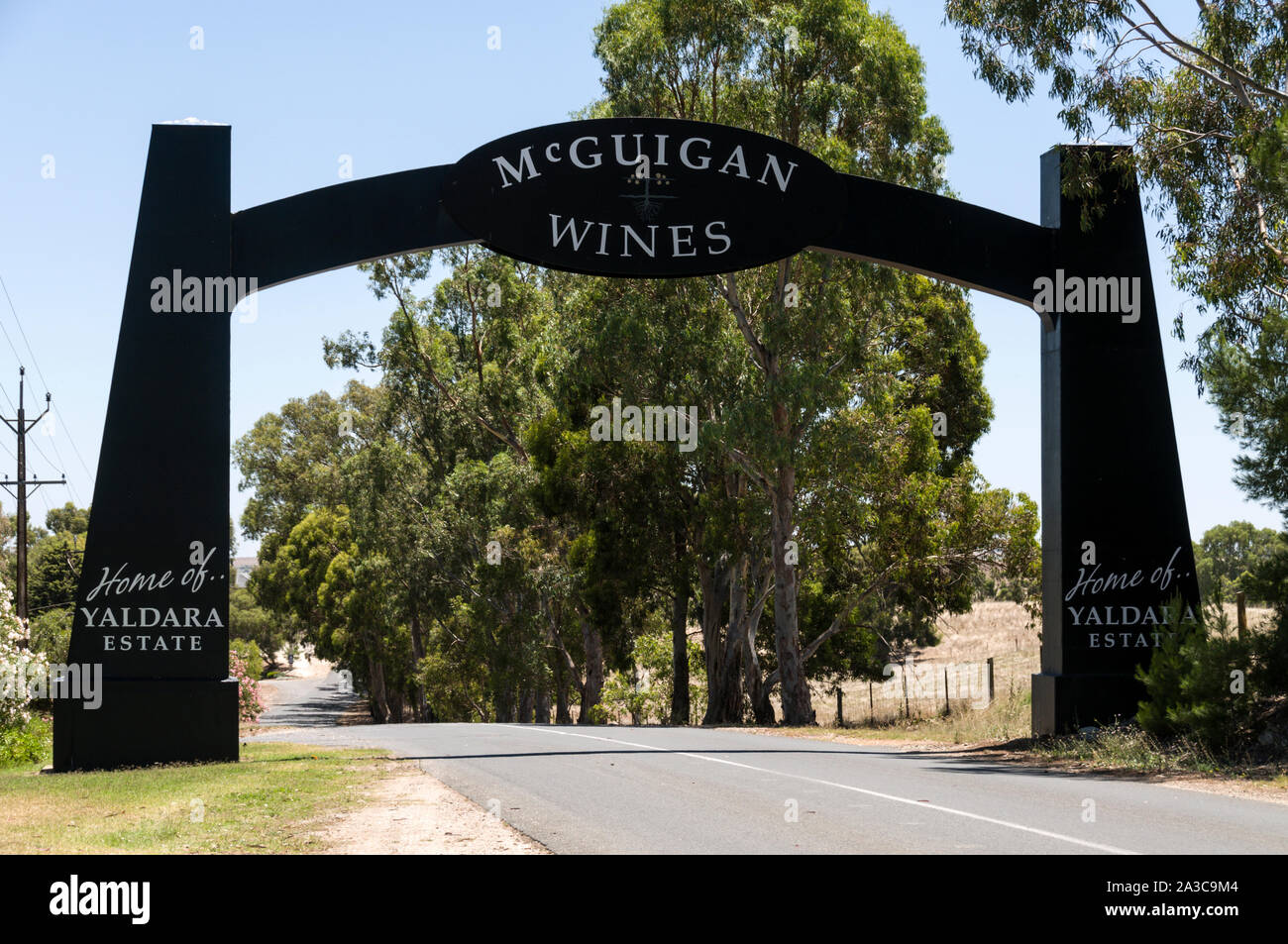 The archway leading to the McGulgan winery in the Barossa Valley wine region in South Australia.   There are about 150 wineries in the Barossa Valley Stock Photo