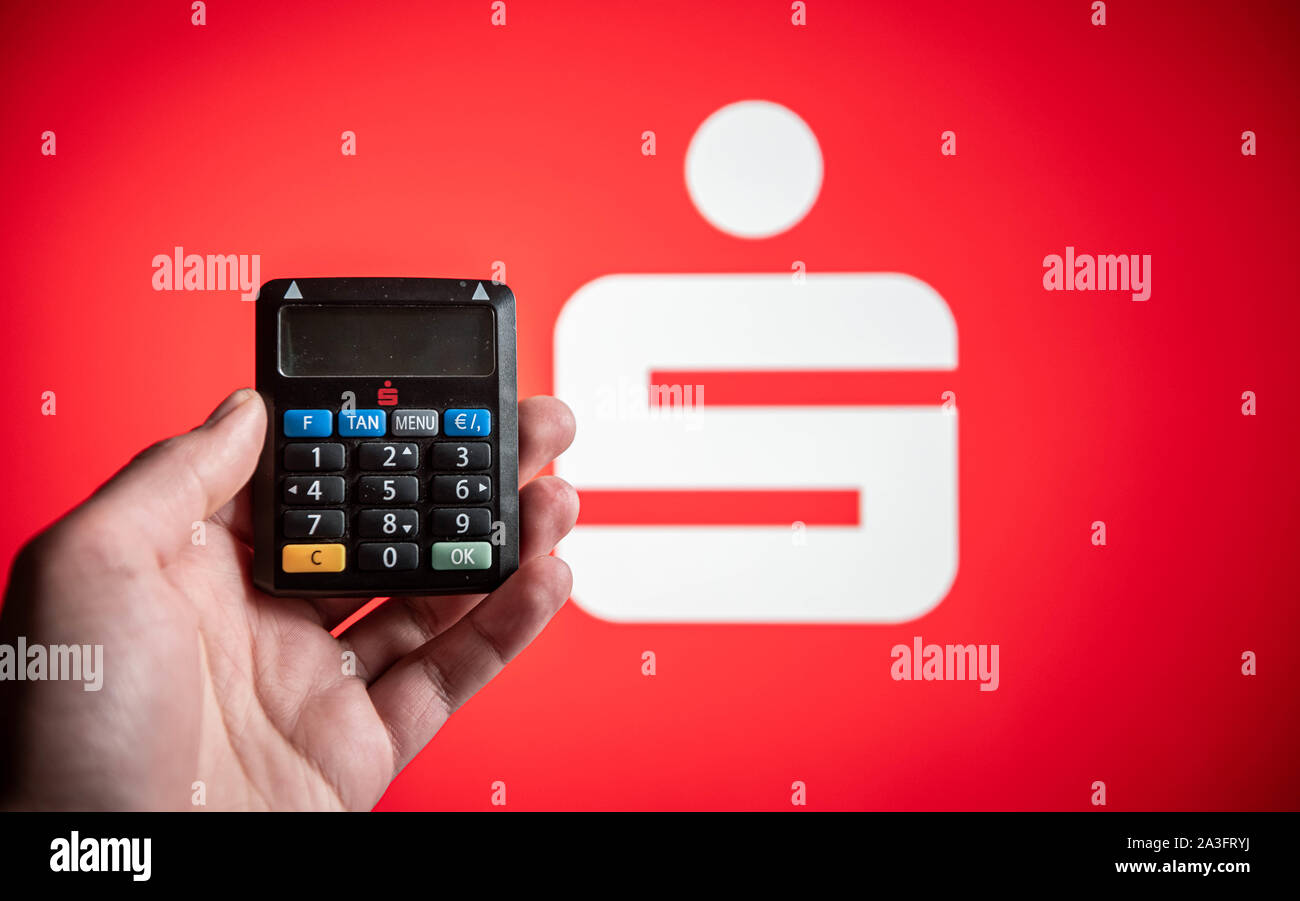Sparkasse Bank Logo High Resolution Stock Photography And Images Alamy