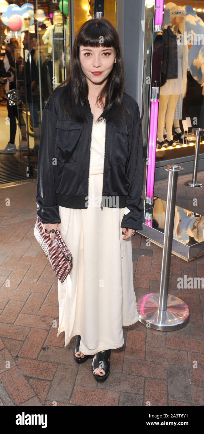 Marama High Resolution Stock Photography And Images Alamy Мая 03, 1991 (age 29). https www alamy com photo must be credited jeff spiceralpha press 079674 08042015 marama corlett at the monki spring re launch party at monki on carnaby street london image329373269 html