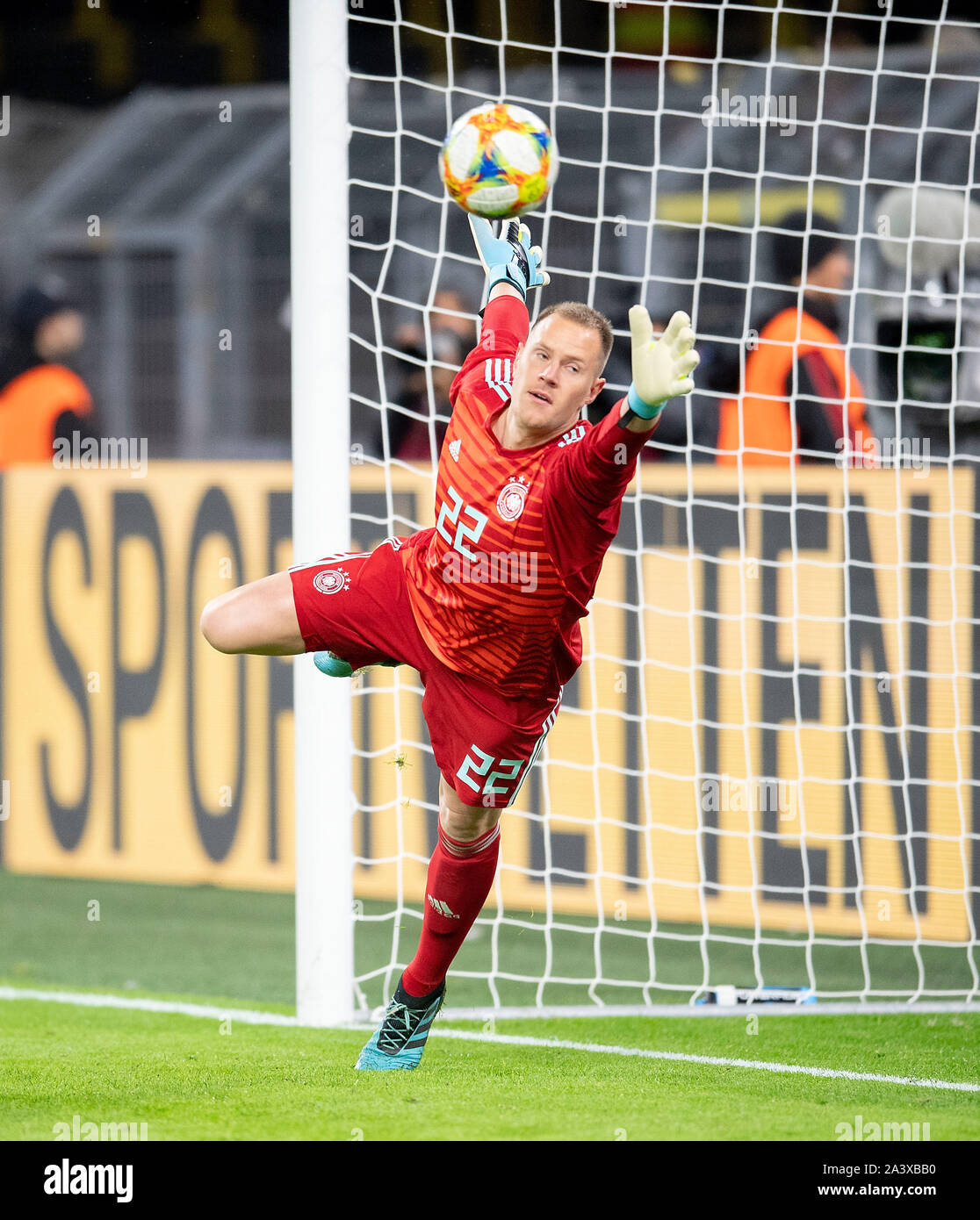 Goal to 2: 1 by Lucas ALARIO (ARG/not pictured) Goalkeeper Marc-Andre TER STEGEN (GER) stretches in vain, Action, Football Laenderpiel, Friendly Match, Germany (GER) - Argentina (ARG), on 09.10.2019 in Dortmund/Germany. ¬   usage worldwide Stock Photo