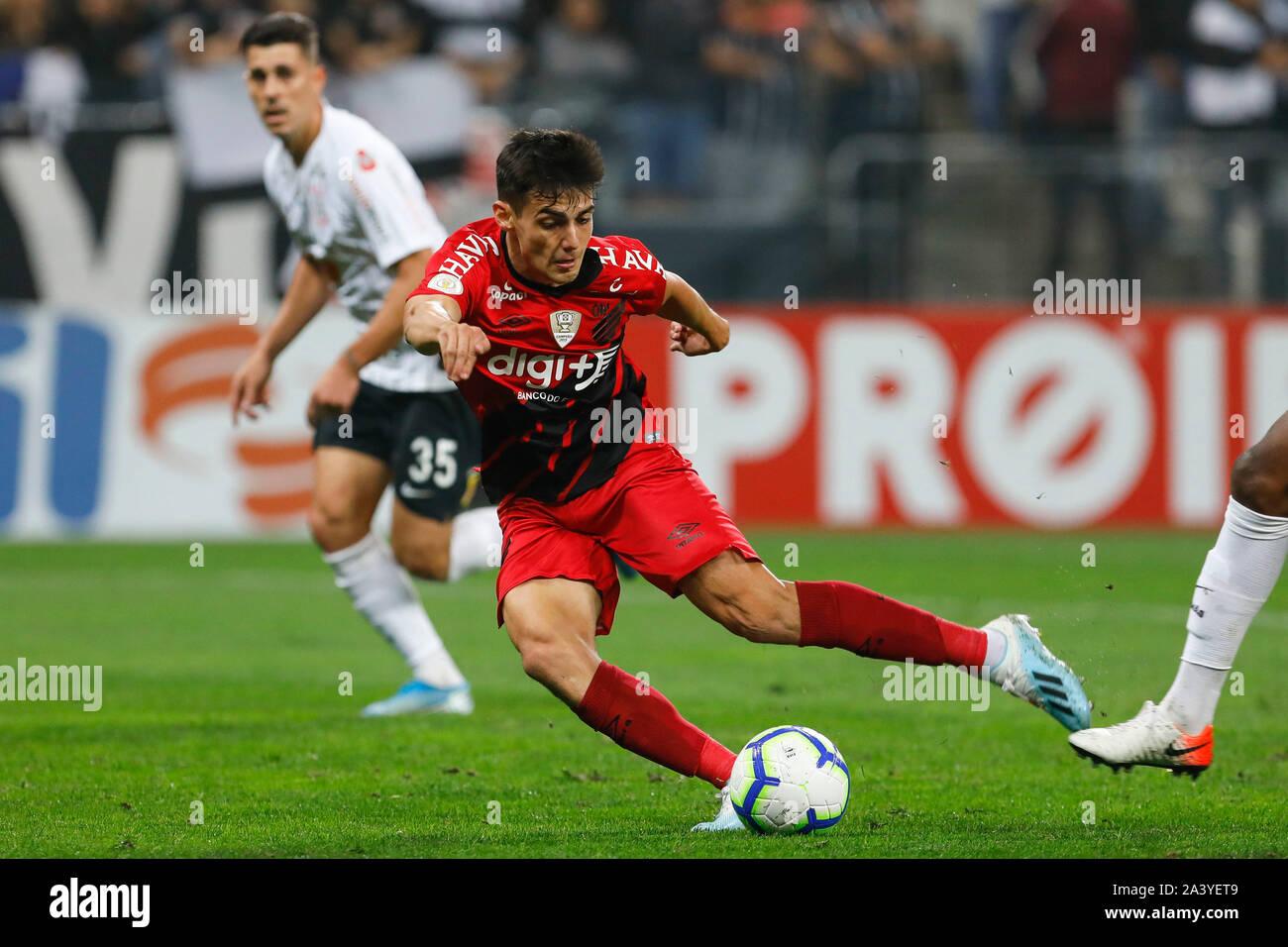 Sao Paulo Sp 10 10 2019 Corinthians X Athletico Paranaense Athletico Pr S Leo Cittadini Kicks To Score