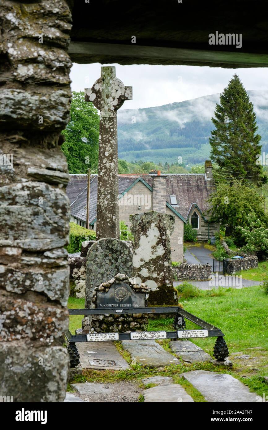 Grave of Rob Roy MacGregor at Balquhidder parish church Balquihidder Stirling Stirlingshire Scotland Stock Photo