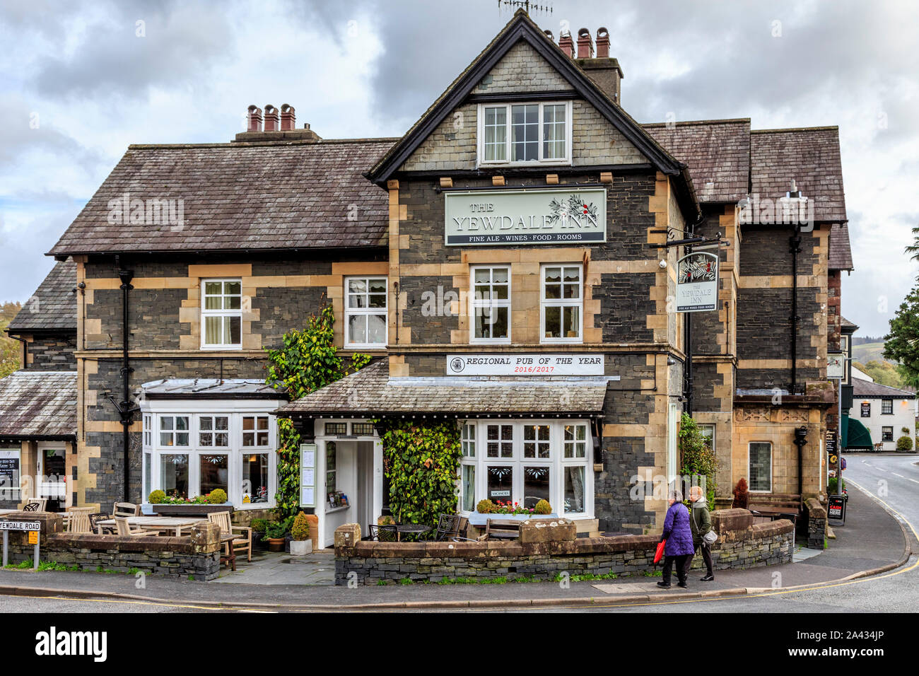 the yewdale inn, coniston town centre, lake district national park, cumbria, england, uk gb Stock Photo