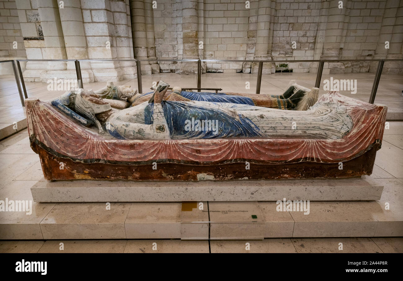 Burial effigy of Eleanor of Aquitaine and Henry II at Abbey of Fontevraud, Loire, France. She was buried at the abbey with other Plantagenet kings and Stock Photo