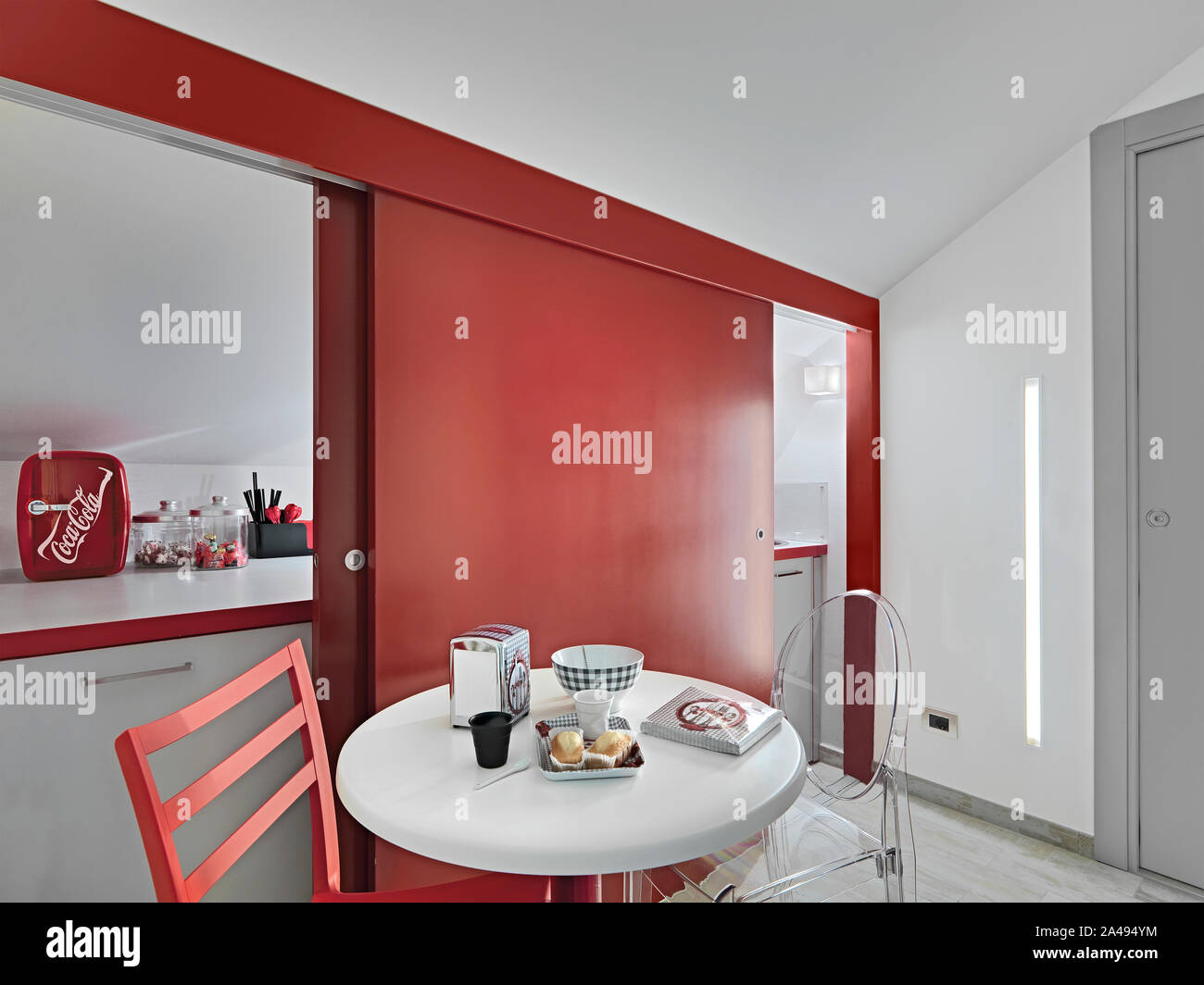 Red Kitchen Cabinet Stock Photos & Red Kitchen Cabinet Stock ...
